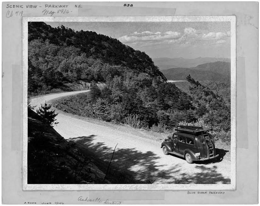 Old Parkway Photo